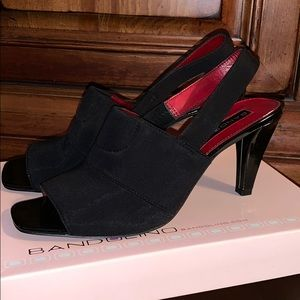 NWT Bandolino heels